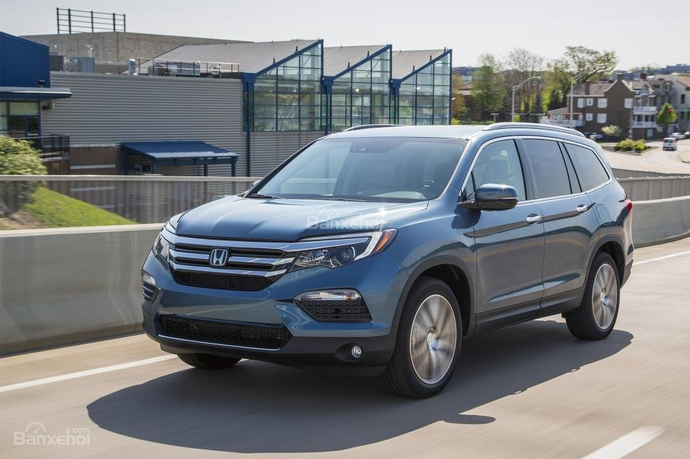 Đánh giá xe Honda Pilot 2018: Thiết kế thanh thoát, cabin rộng và off-road đáng nể.