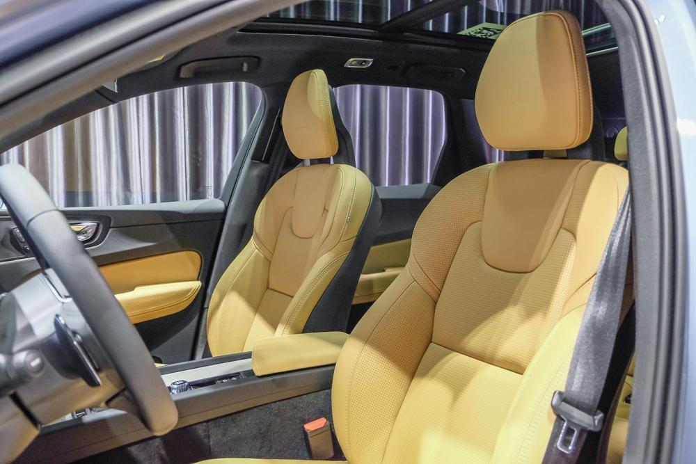 Hình ảnh ghế trước xe Volvo XC60 2018