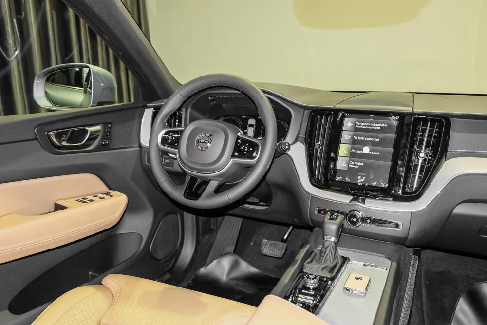Hình ảnh nội thất xe Volvo XC60 2018