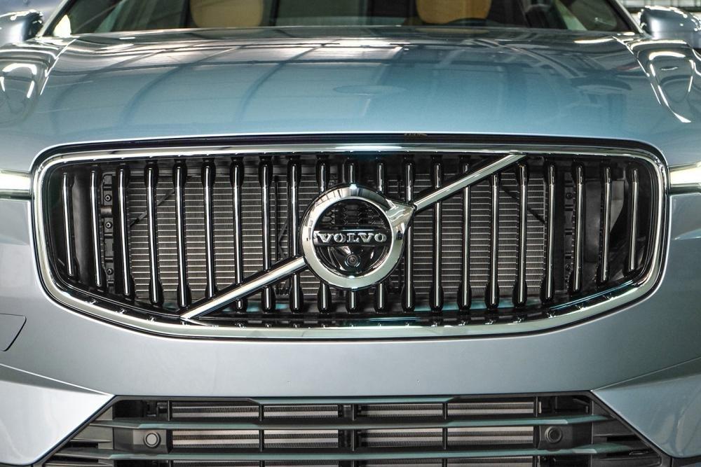 Ảnh chụp lưới tản nhiệt xe Volvo XC60 2018