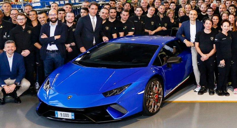 Lamborghini Huracan cán mốc 9.000 xe trong 3 năm.