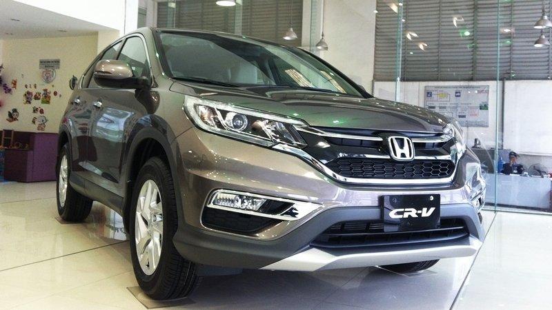 Honda CR-V chụp từ phía trước