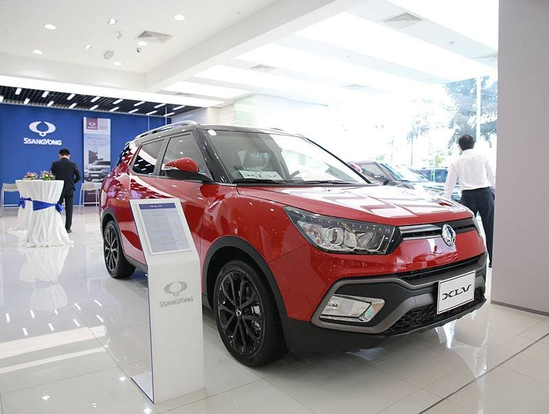 Mới về Việt Nam, xe SsangYong đã giảm giá 180 triệu.