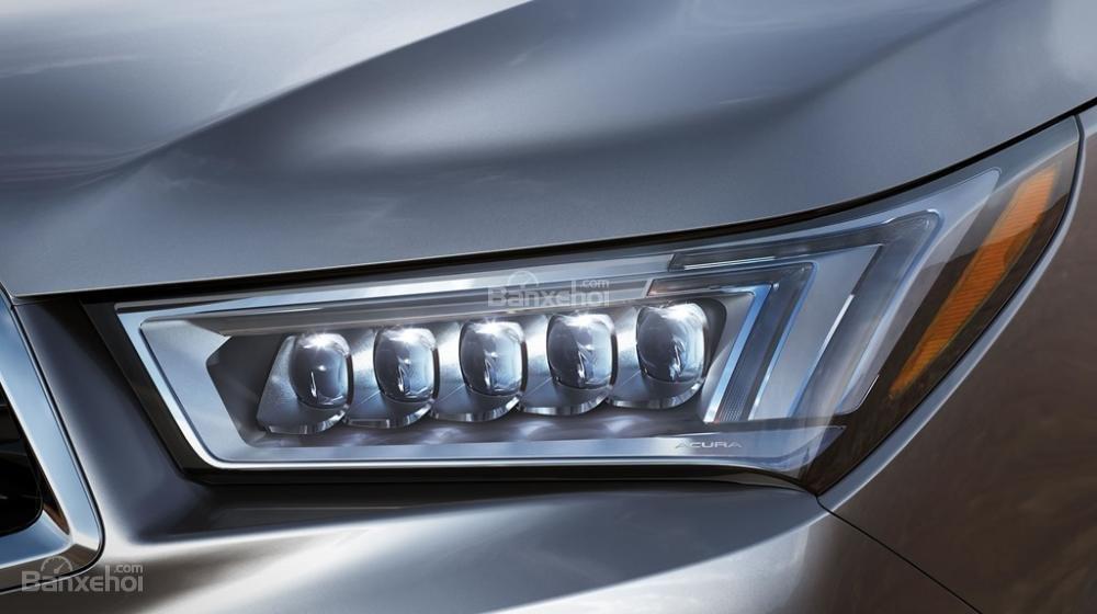 Đèn pha xe Acura MDX 2018.
