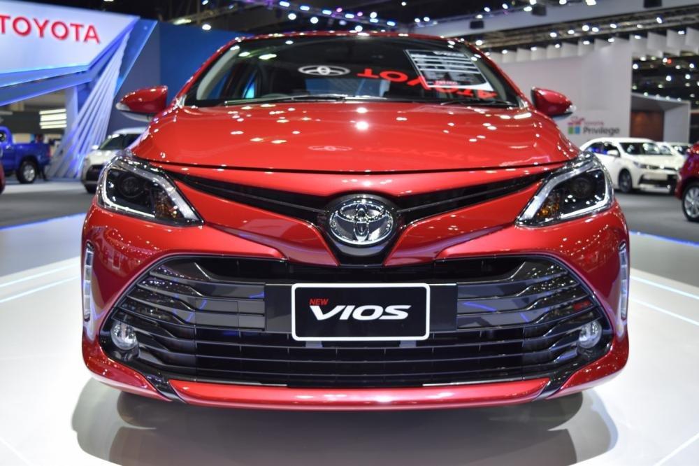 Ảnh chụp lưới tản nhiệt xe Toyota Vios 2018