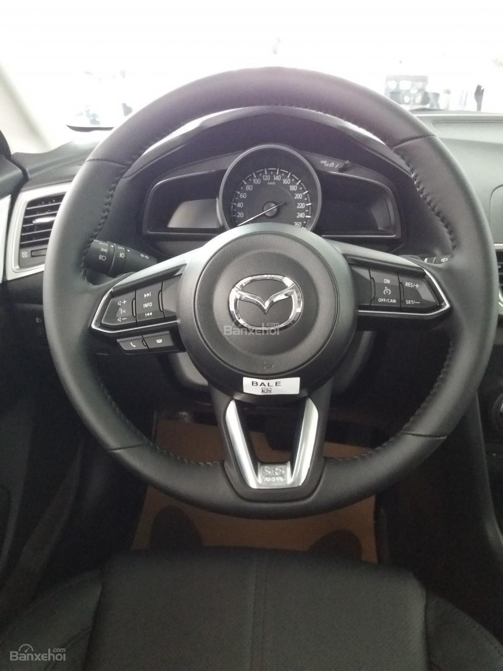 Bán Mazda 3 Facelift năm sản xuất 2019 - Giảm tiền mặt lên đến 20tr - Vay trả góp 85%, lãi suất tốt - LH: 0961.122.122-7
