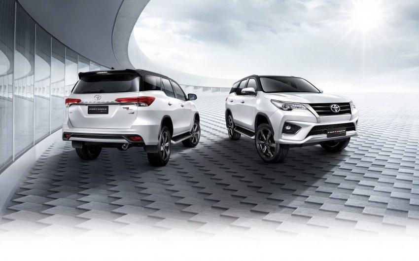 Đánh giá xe Toyota Fortuner 2018 về thiết kế, trang bị và vận hành 2.