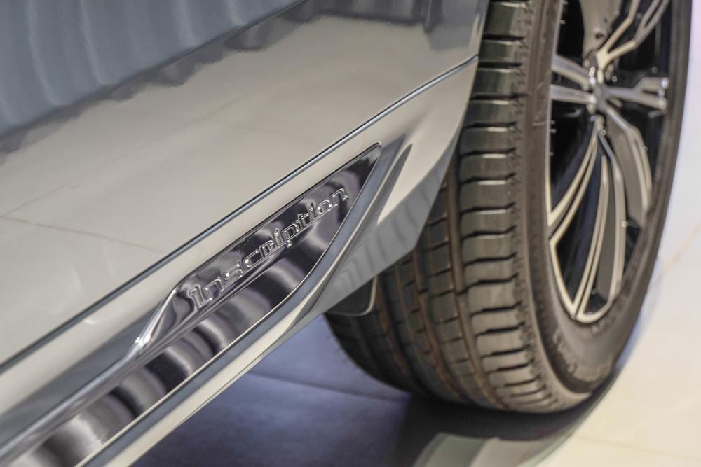 Ảnh chục bậc chân xe Volvo XC60 2018