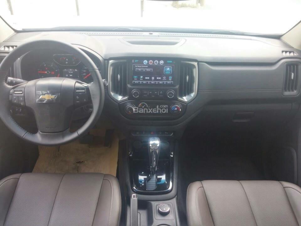 Chevrolet Colorado LT phiên bản 2018 - ưu đãi đặc biệt về giá cho khách hàng Kon Tum Tây Nguyên. Cam kết giá rẻ nhất-8