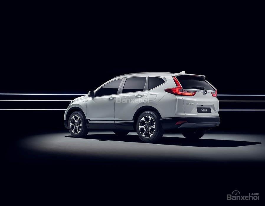 Đánh giá xe Honda CR-V Hybrid 2017 về không gian hành lý