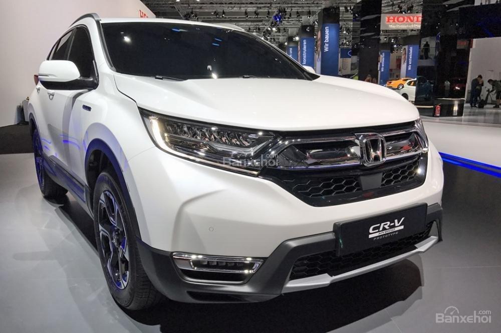 Đánh giá nhanh xe Honda CR-V Hybrid 2017 đi kèm giá bán a1