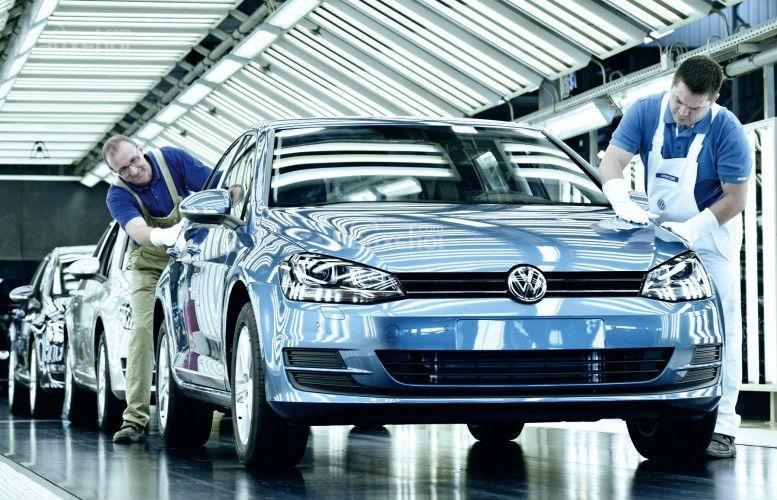 Tháng 10/2017: Doanh số tập đoàn Volkswagen tăng 7,7%.