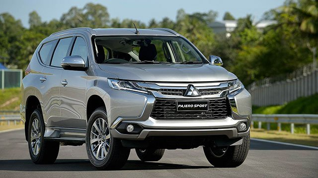 """Những mẫu ô tô giảm giá nhiều tại Việt Nam: Hyundai Santa Fe """"ngon nhất"""" a3"""