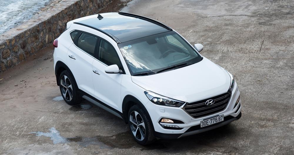 Hyundai Tucson 2017 giảm chính thức cả trăm triệu đồng trong tháng 11/2017.