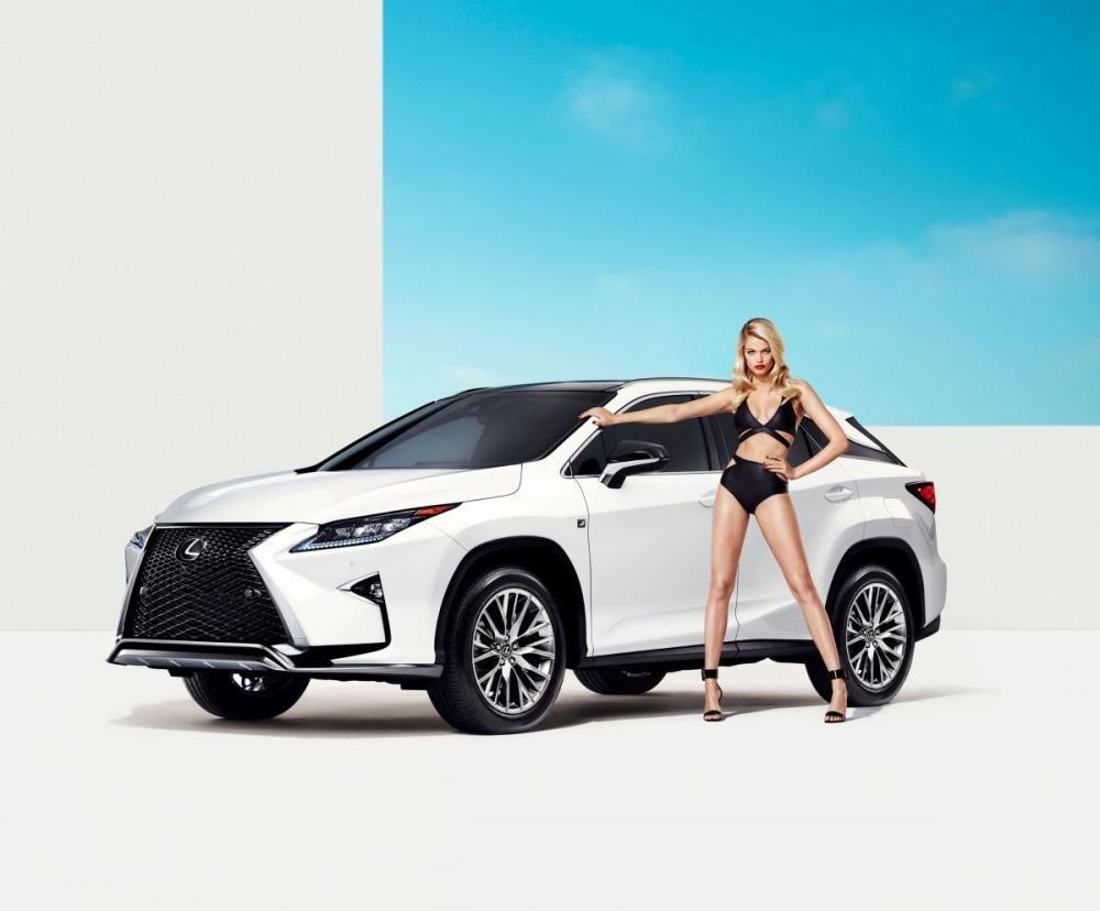Người đẹp và xe Lexus RX 2016 a9