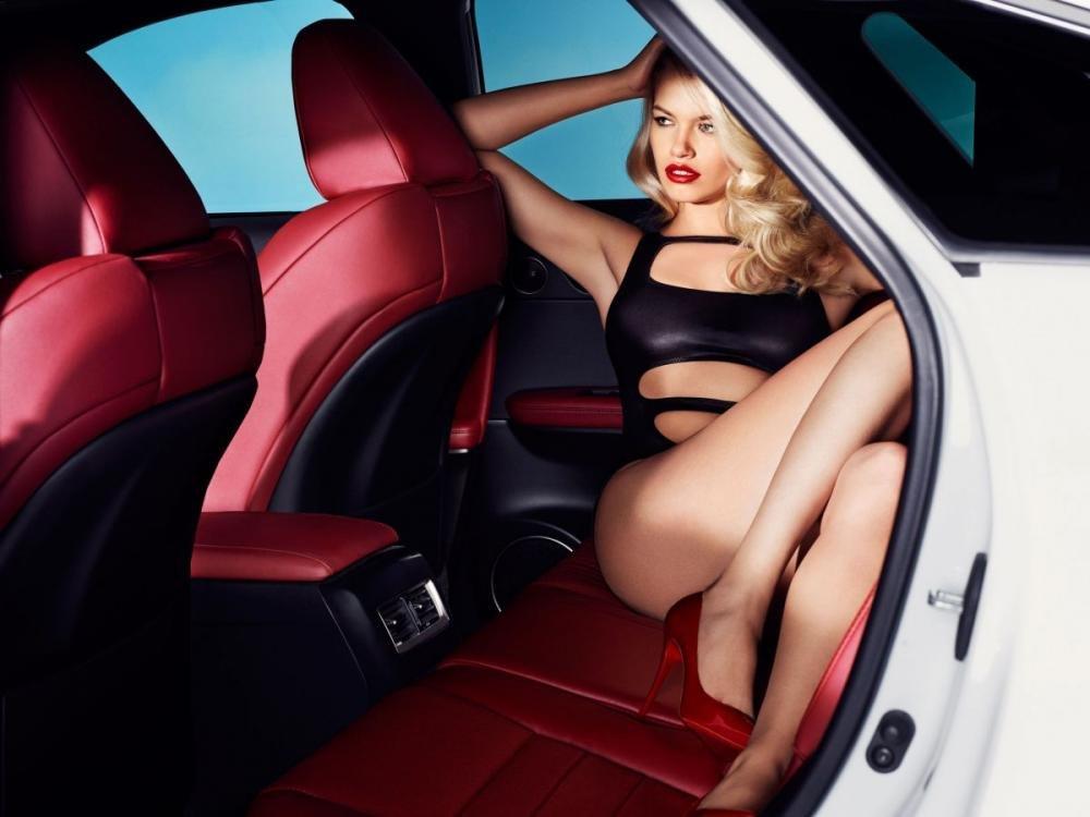 Người đẹp và xe Lexus RX 2016 a5