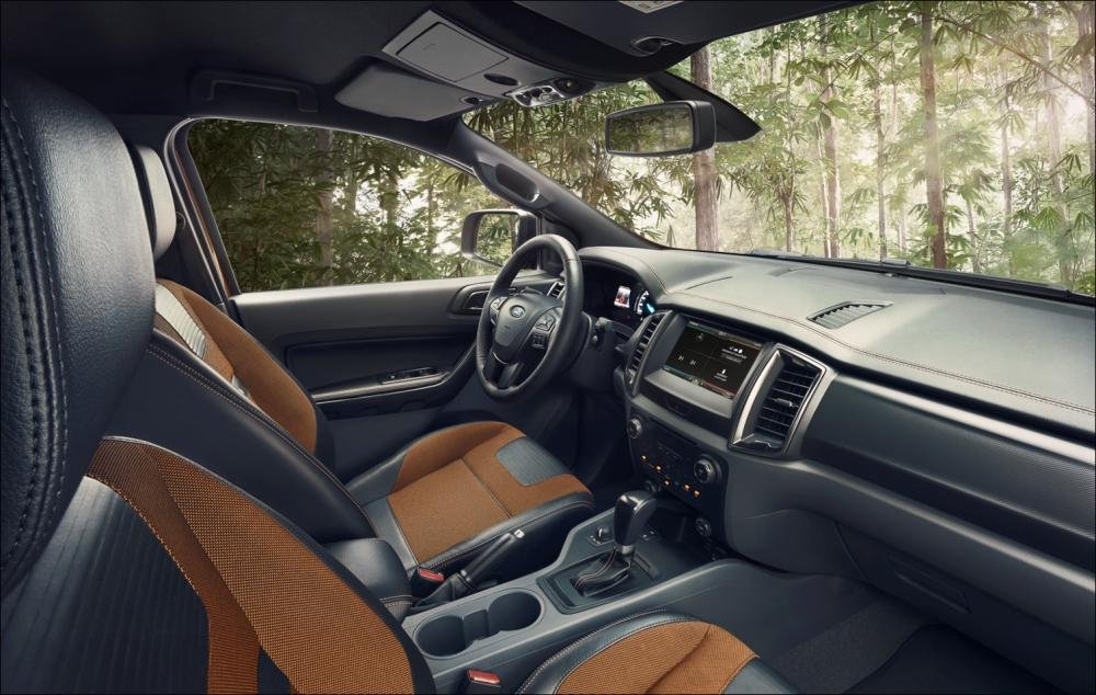 Hình ảnh chụp bảng táp-lô xe Ford Ranger Wildtrak 2018