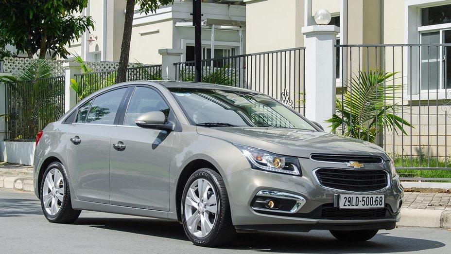 So sánh xe Chevrolet Cruze 2018 và Kia Cerato 2018: Xe Hàn thắng áp đảo.