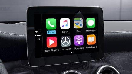 Đánh giá xe Mercedes-Benz CLA-Class 2018: Xe được trang bị tính năng hiện đại.