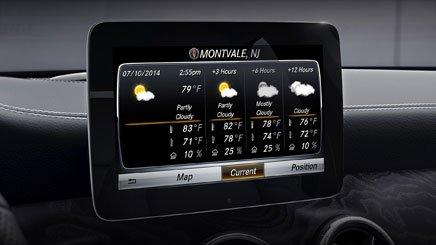 Đánh giá xe Mercedes-Benz CLA-Class 2018: Xe được trang bị tính năng hữu dụng.