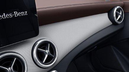 Đánh giá xe Mercedes-Benz CLA-Class 2018: Bảng táp lô.