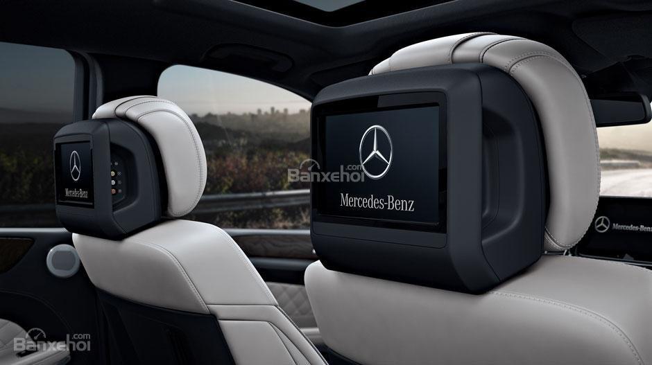 Hệ thống giải trí cho hàng ghế sau trên Mercedes-Benz GLS Class 2018