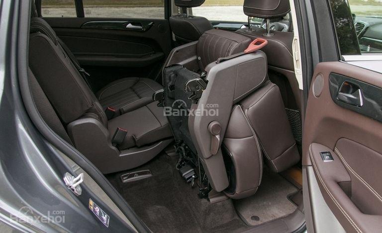 Hàng ghế thứ 2 trên xe Mercedes-Benz GLS Class 2018