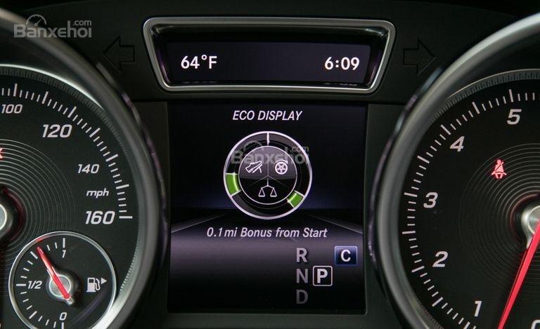 Màn hình hiển thị thông số xe trên Mercedes-Benz GLS Class 2018 1