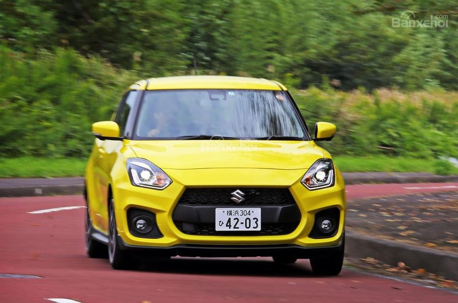 Đầu xe Suzuki Swift Sport 2018