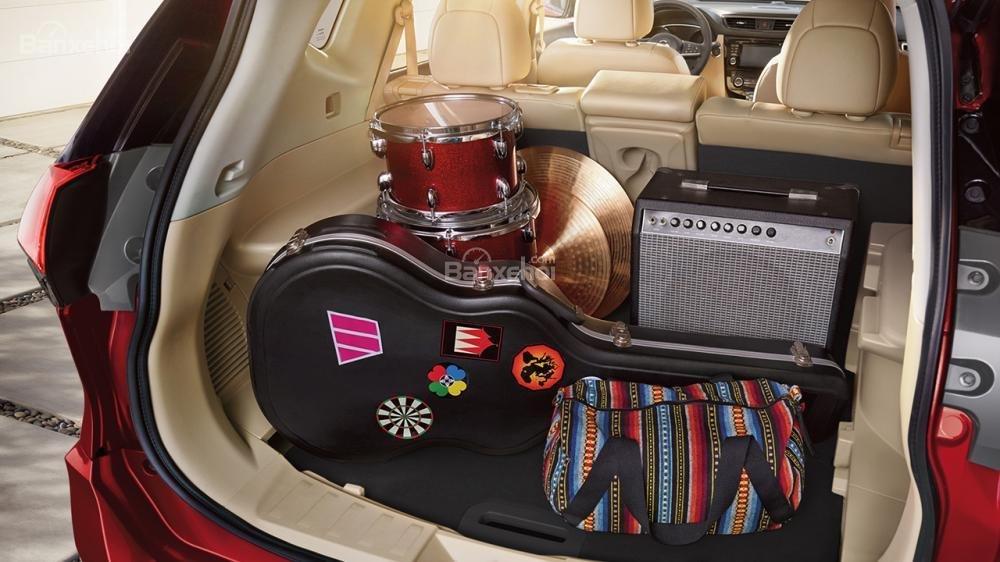 Đánh giá Nissan X-Trail 2018 về khoang hành lý a3
