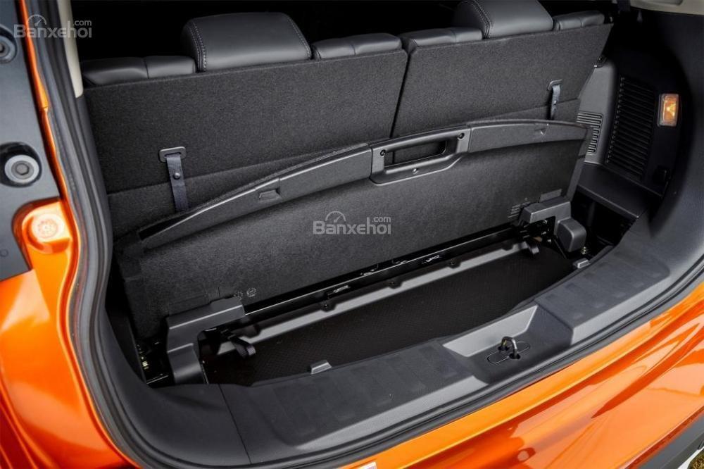 Đánh giá Nissan X-Trail 2018 về khoang hành lý