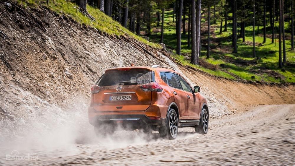 Đánh giá xe Nissan X-Trail 2018 về cảm giác lái.