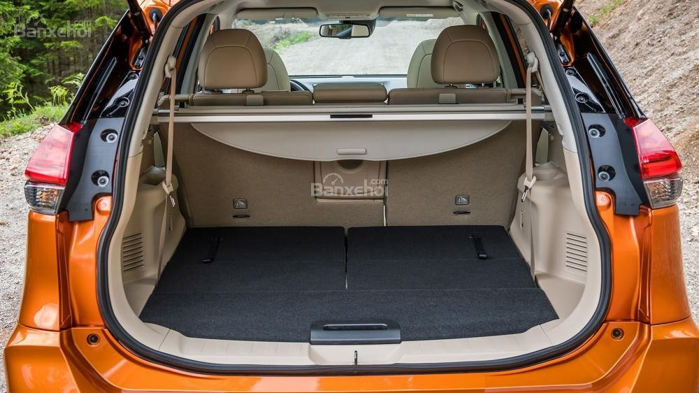 Khoang hành lý Nissan X-Trail 2018 a1