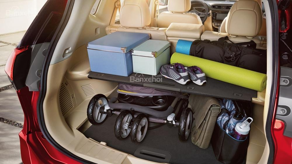 Đánh giá Nissan X-Trail 2018 về khoang hành lý a2