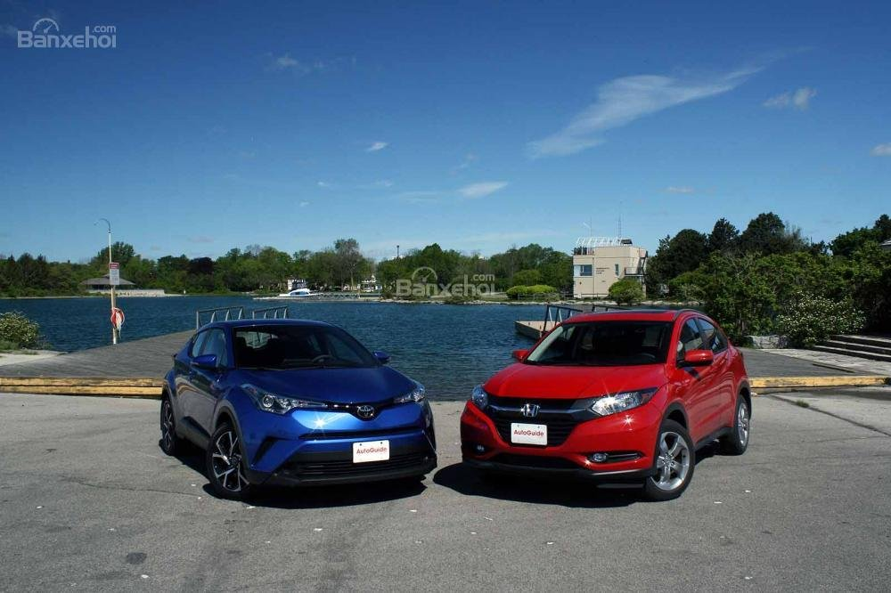 So sánh xe Toyota C-HR 2018 và Honda HR-V 2018 về tính năng an toàn.