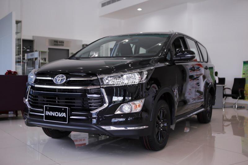Toyota Innova Venturer tại Việt Nam nghèo công nghệ, đắt hơn Indonesia cả trăm triệu 1