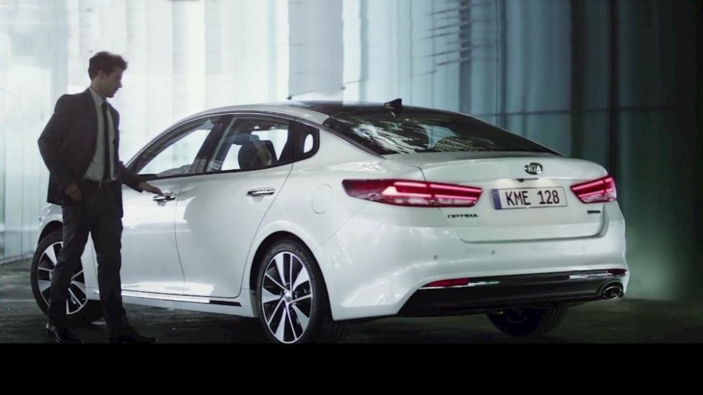 Kia Optima giảm giá sốc cho khách Việt, hiện chỉ còn 749 triệu đồng 18