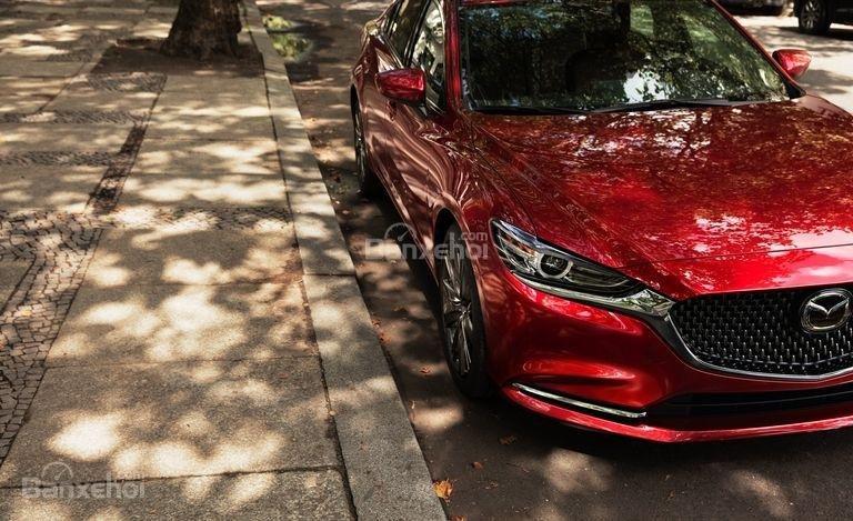 Đánh giá xe Mazda 6 2018: Xe có cải tiến về động cơ.