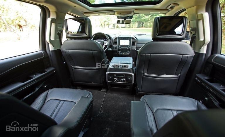 Khoang nội thất Ford Expedition 2018 1