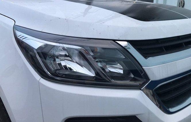Ảnh chụp đèn pha xe Chevrolet Trailblazer 2018