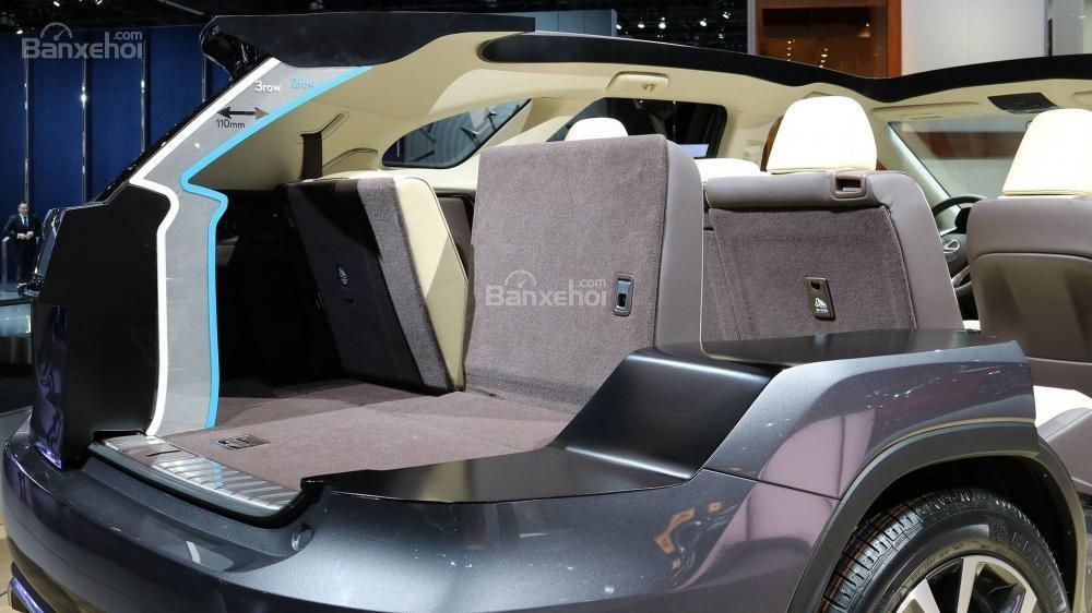Đánh giá xe Lexus RX L 2018 về hệ thống ghế ngồi 3
