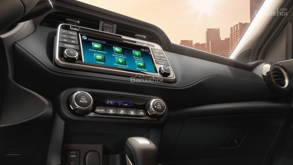 Nissan Juke 2018 được trang bị nhiều tiện ích.
