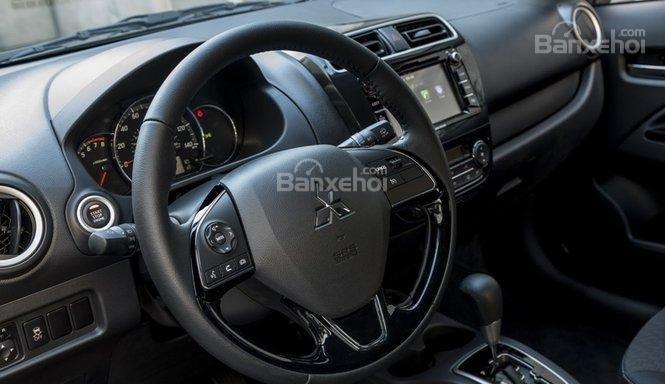 Vô-lăng xe Mitsubishi Mirage 2018