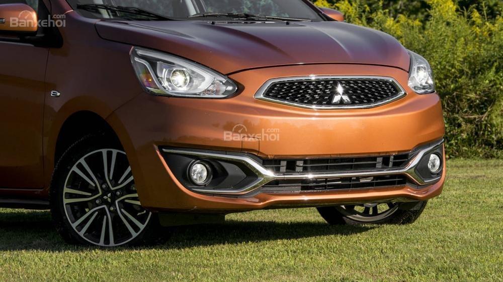 Đánh giá xe Mitsubishi Mirage 2018 về mức tiêu thụ nhiên liệu.