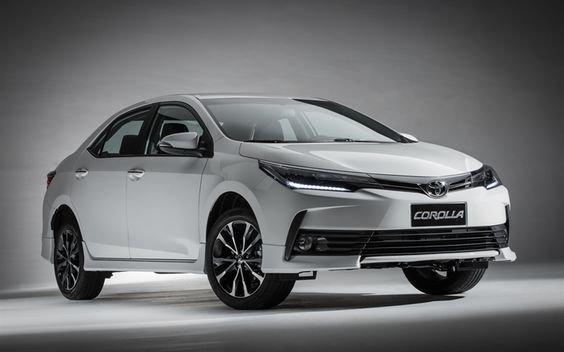 So sánh xe Toyota Corolla Altis 2018 với Kia Cerato 2018_1
