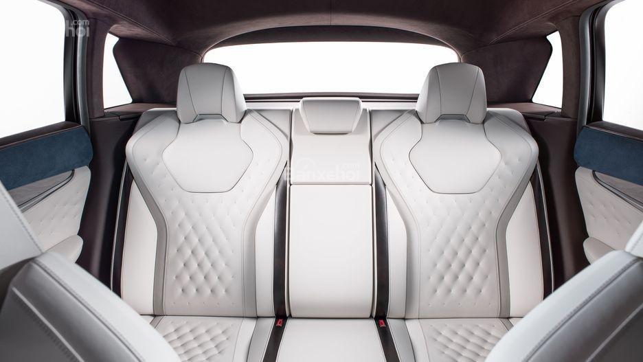 Đánh giá xe Infiniti QX50 2018-2019: Hàng ghế thứ hai.