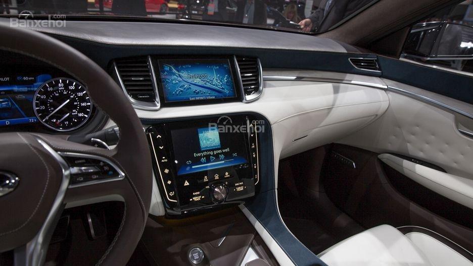 Đánh giá xe Infiniti QX50 2018-2019: Xe được trang bị nhiều tiện ích.