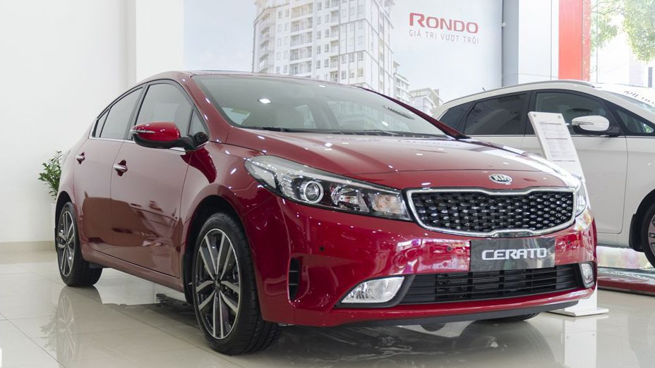 Nên mua Toyota Corolla Altis 2018 hay Kia Cerato 2018? 8