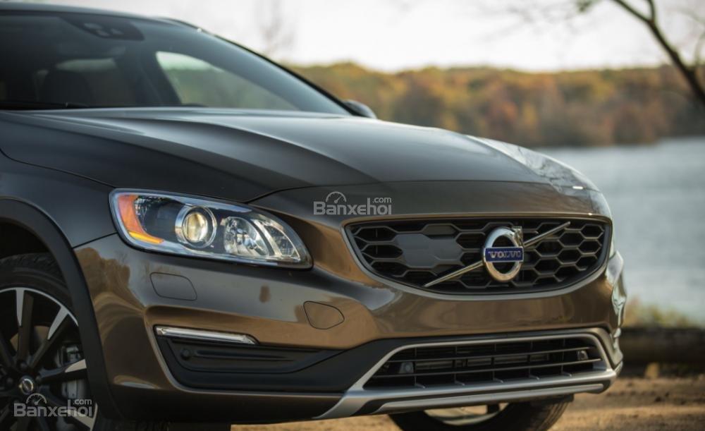Đánh giá xe Volvo V60 về thiết kế đầu xe