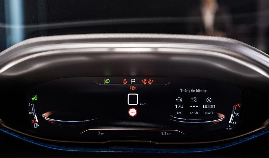 Ảnh chụp đồng hồ xe Peugeot 5008 2018-2019